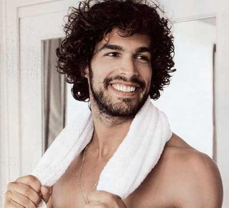 i consigli degli esperti per prendersi cura dei propri capelli f4e46bfab5c0