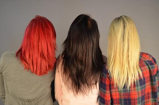 colore e pigmentazione dei capelli