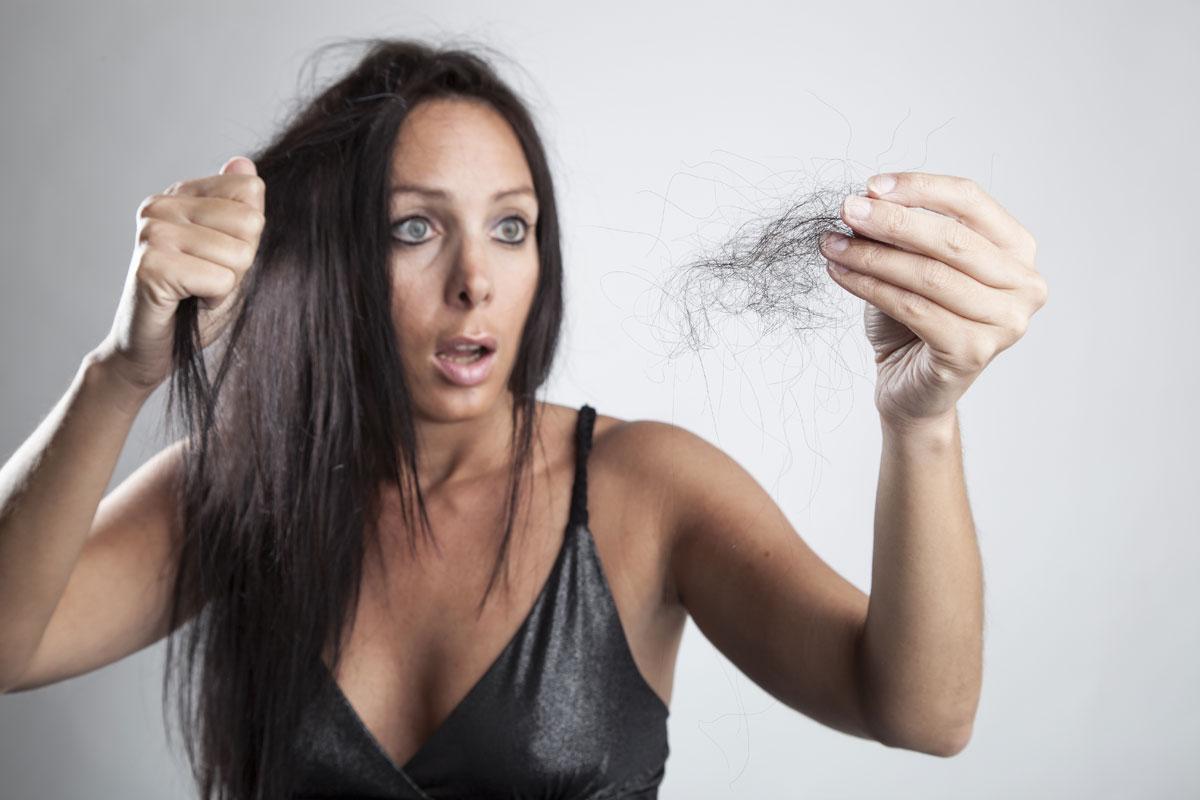 pettinature da evitare per l'alopecia da trazione