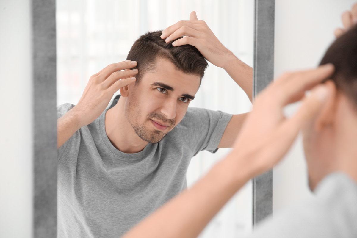 capelli radi nell'uomo