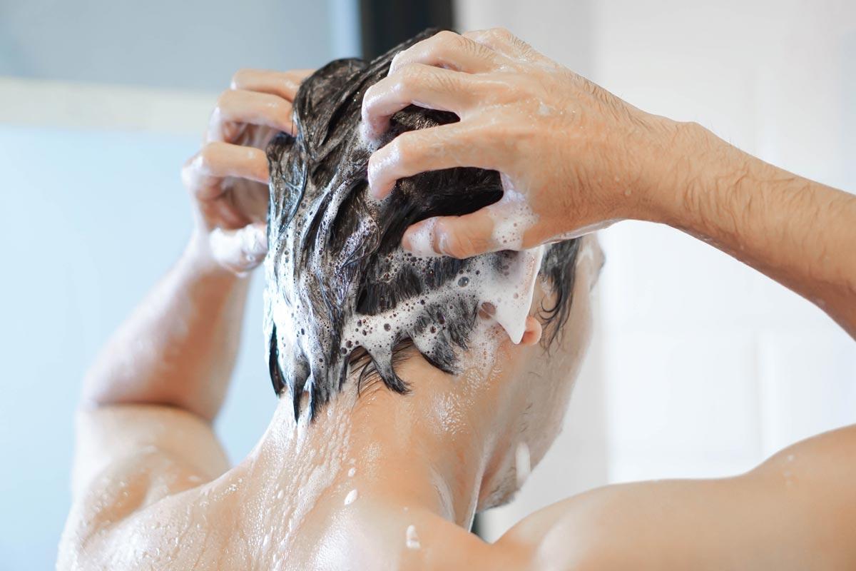 Quando bisogna lavarsi i capelli