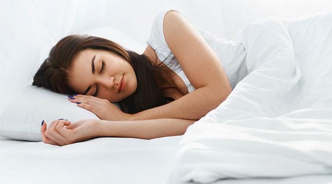 cambiare spesso la fodera del cuscino per mantenere i capelli puliti a lungo