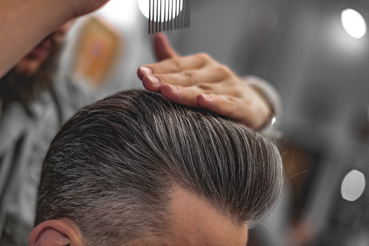 Quanto tempo serve per far crescere i capelli